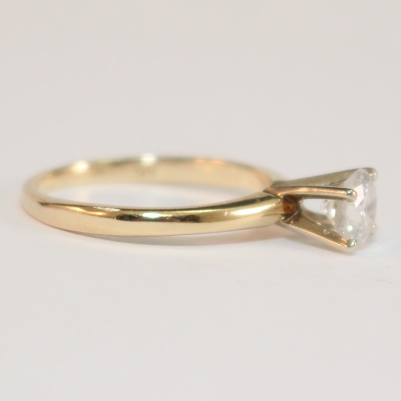 14K Yellow Gold Round Brilliant Diamond Solitaire Ring Size 4.5
