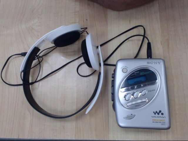 SONY Tape Player/Recorder WALKMAN WM-FX244