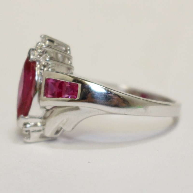 10KYG RHODIUM PLATED RUBY RING SIZE 6.8