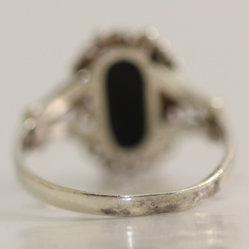 Black Onyx Lady's 925 Silver & Stone Ring Size:6