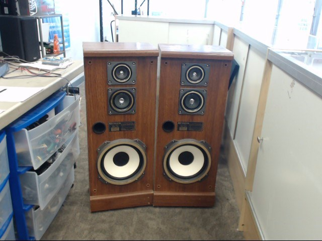 FISHER AUDIO Speakers/Subwoofer STV-754