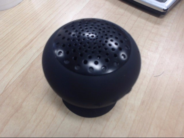 IPOD/MP3 Accessory BLUETOOTH SPEAKER