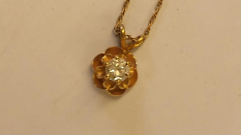 Diamond Necklace .20 CT. 14K Yellow Gold 2.05dwt