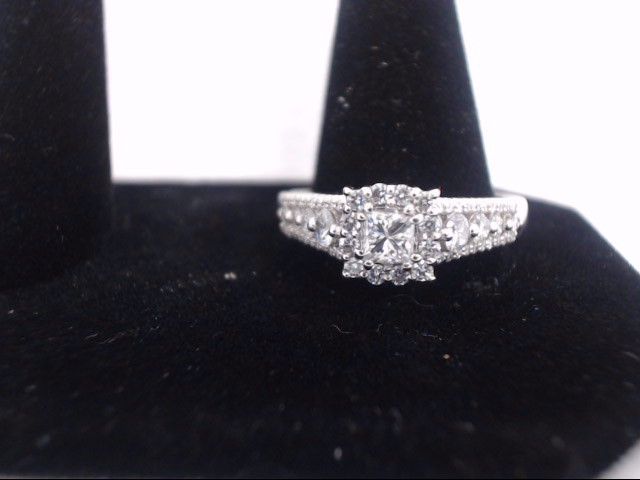 Lady's Diamond Solitaire Ring 61 Diamonds 1.87 Carat T.W. 14K White Gold 5.7g