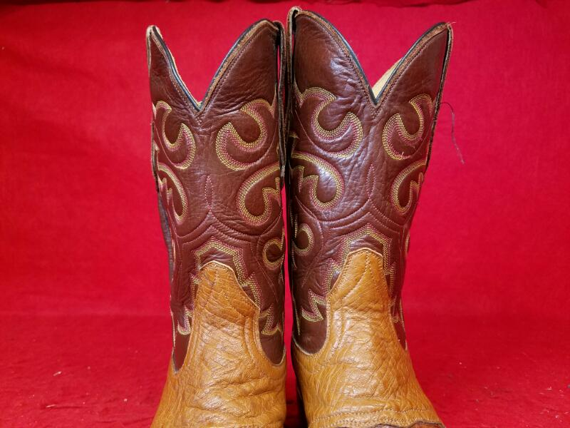 Cowtown Boots Q 1473 Alligator / Caiman / Crocodile Western Boots