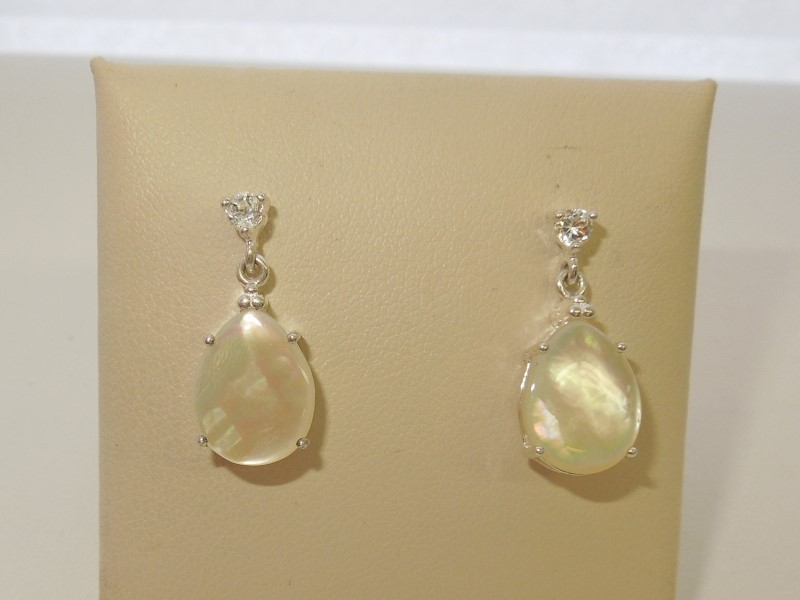 Synthetic Mother Of Pearl Silver-Stone Earrings 925 Silver 2.9g