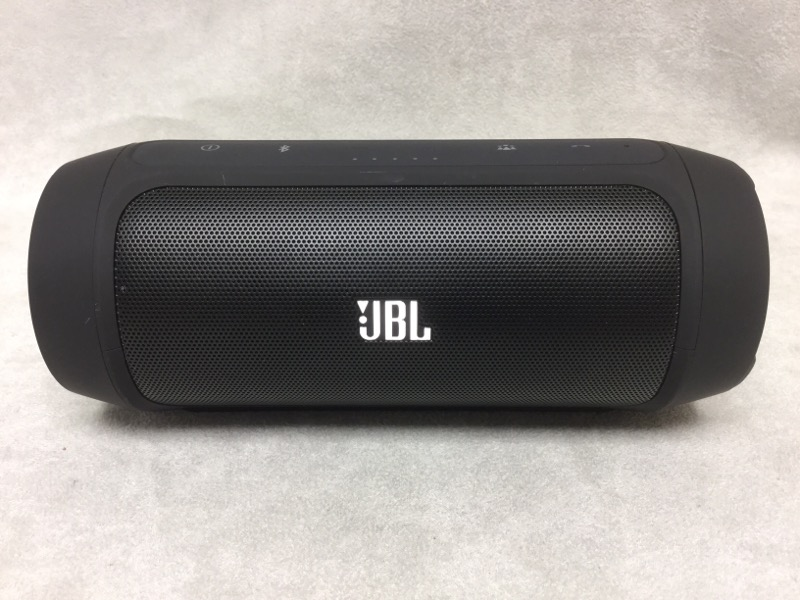 "JBL CHARGE 2 PORTABLE BLUETOOTH 7"" X 3"" BUILT-IN MICROPHONE"