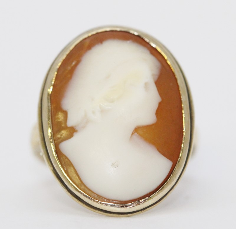 14K Yellow Gold Vintage Inspired Classic Carnelian Shell Cameo Ring Size 6.5