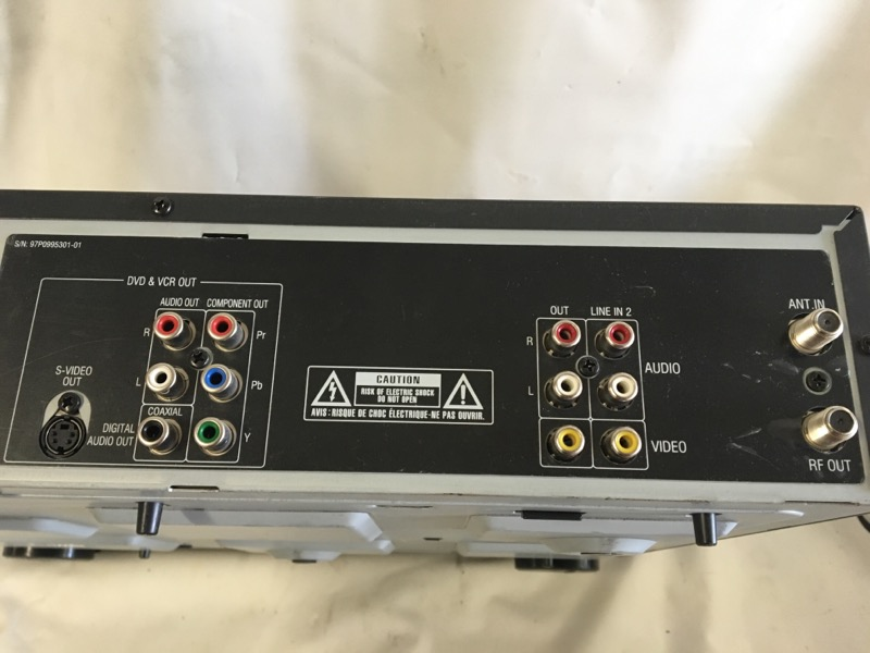 CINEVISION VCR/DVD RECORDER RV4000
