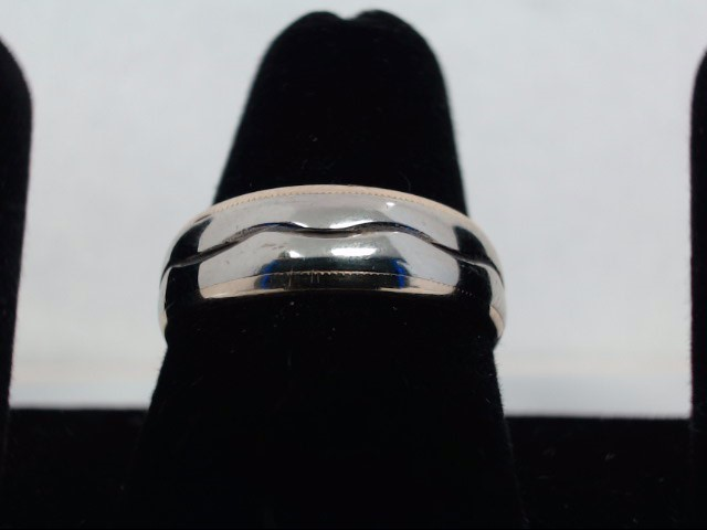 Gent's Gold Wedding Band 14K Yellow Gold 4.9g