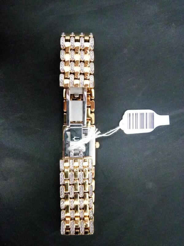 BULOVA Lady's Wristwatch 98L159