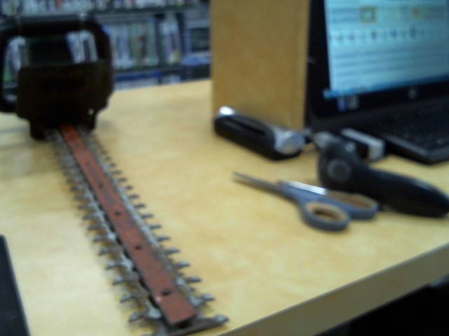 BLACK&DECKER Hedge Trimmer HEDGE HOG 22 HEDGE HOG 22
