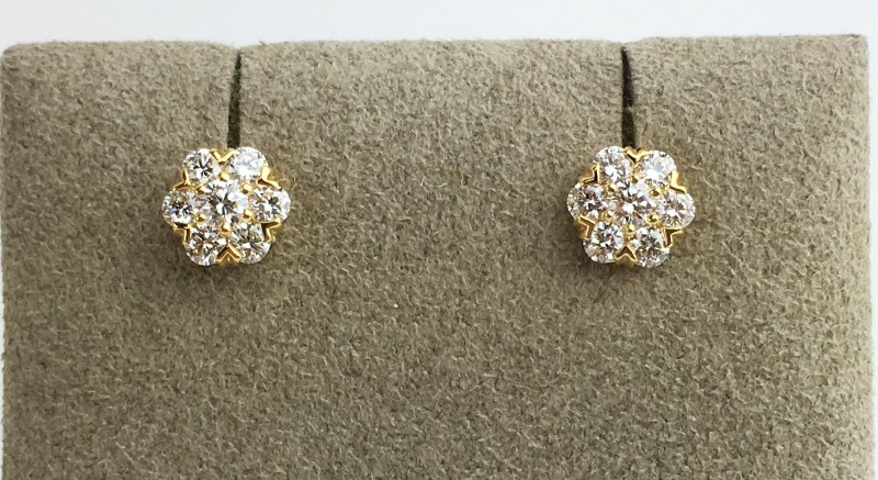 Van Cleef & Arpels 18KY YG FLEURETTE DIAMOND EARSTUDS SMALL MODEL APX 1.08CTW