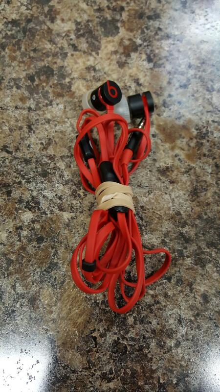 Beats by Dr. Dre Urbeats In-Ear only Headphones - Black / Red
