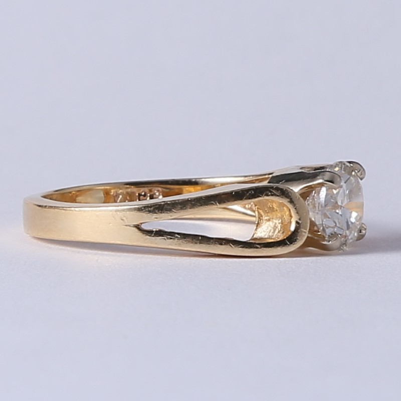 Looped 14K Yellow Gold Round Brilliant Diamond Solitaire Ring Size 7