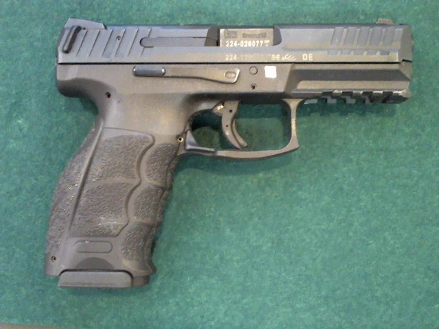 HECKLER & KOCH Pistol VP9