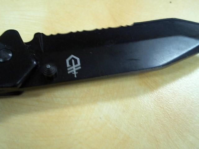 GERBER Pocket Knife 1910214A