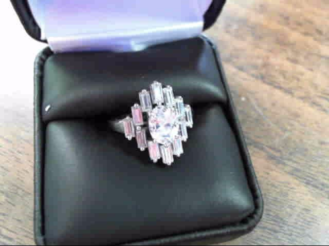 Synthetic Cubic Zirconia Lady's Silver & Stone Ring 925 Silver 2.3dwt