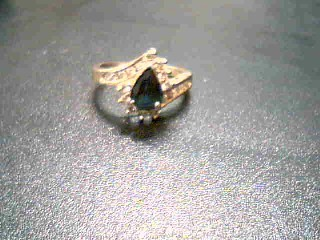 Lady's Diamond Cluster Ring 18 Diamonds .90 Carat T.W. 14K Yellow Gold 4.2g