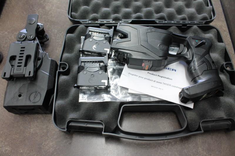 TASER INTERNATIONAL Stun Gun/Taser X2