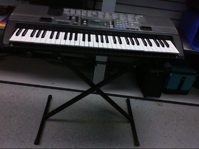 CASIO Keyboards/MIDI Equipment CTK-720