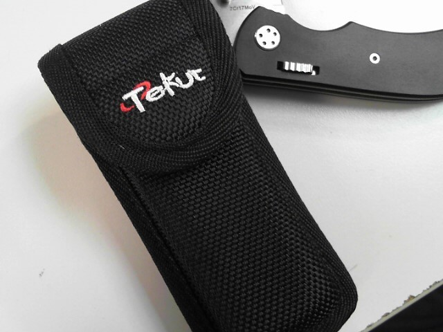 TEKUT 7CR17MOV KNIFE