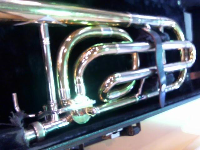 CG CONN MUSICAL INSTRUMENTS Trombone 88H