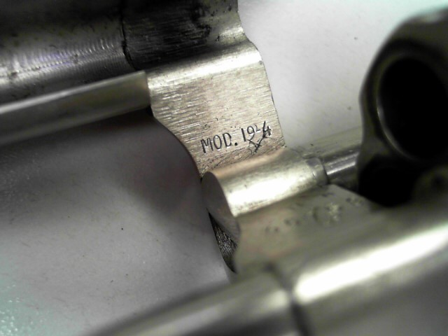 SMITH & WESSON Revolver 19-4 .357 COMBAT MAGNUM