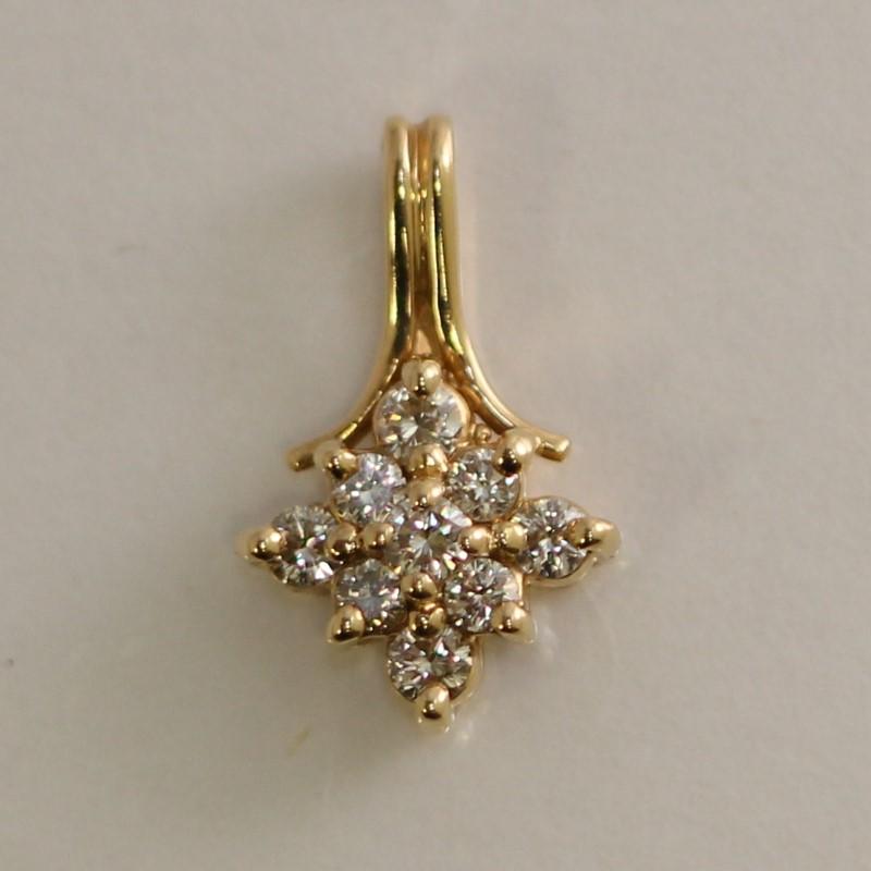 14K Yellow Gold Round Brilliant Cluster Diamond Pendant