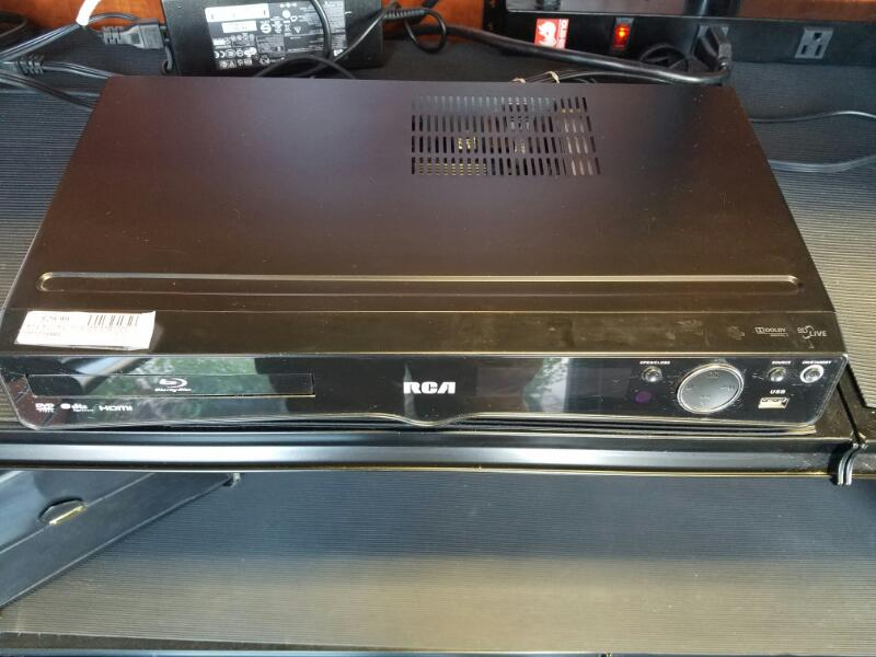 RCA DVD Player RTB1023 BLU RAY HOME THEATER