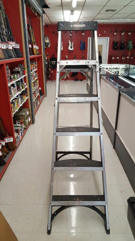 HUSKY TOOLS 6ft Aluminum Heavy Duty Ladder CSL2-6