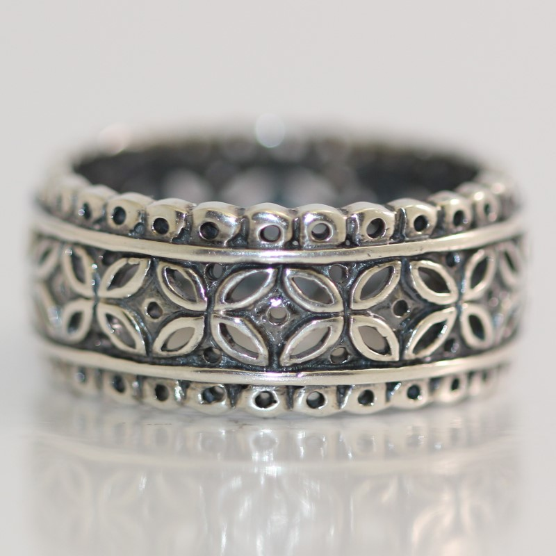 Sterling Silver Flower Petal Scalloped Edge Design Ring Size 9