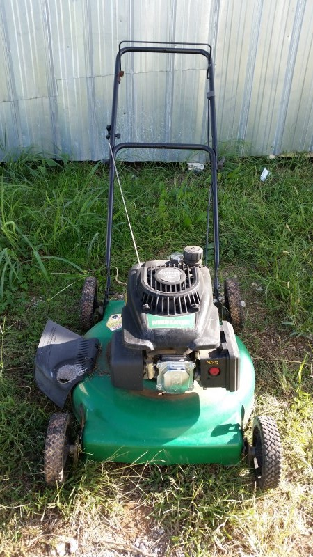 Weedeater 140cc Gas Push Lawnmower
