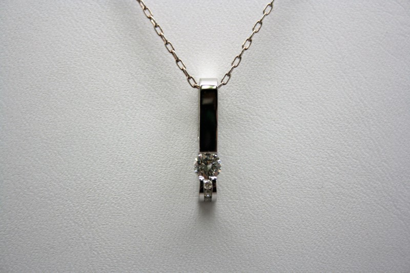 DIAMOND FASHION PENDANT 14K WHITE GOLD