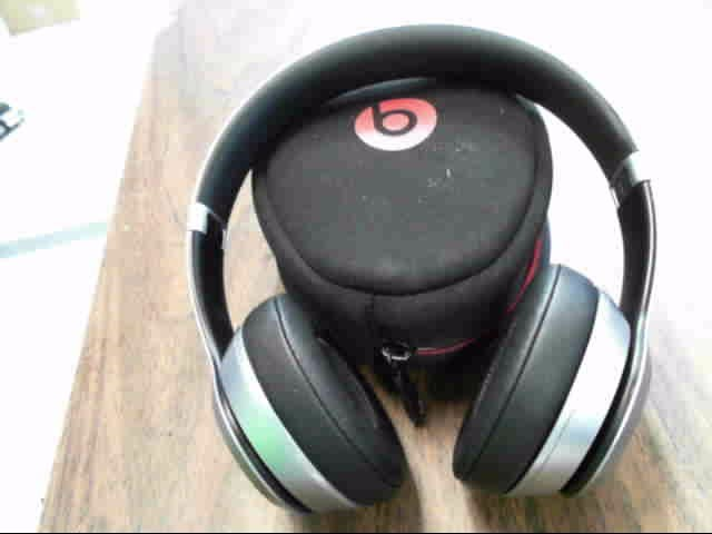 BEATS AUDIO Headphones SOLO WIRELESS