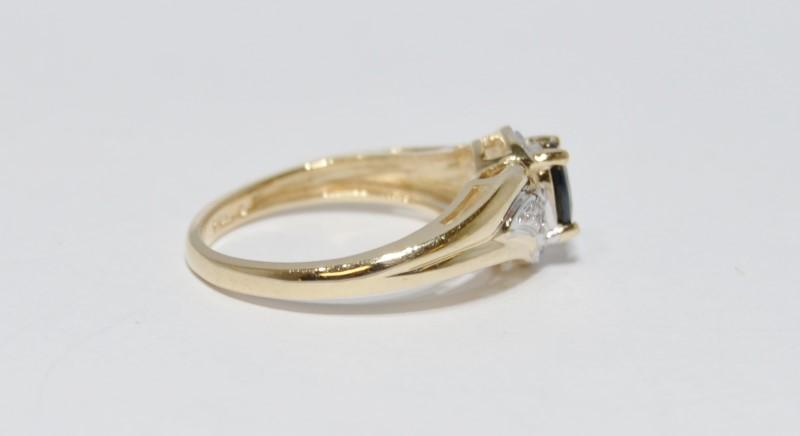 10K Yellow Gold Bypass Shank Oval Sapphire & Diamond Ring Size 6.5