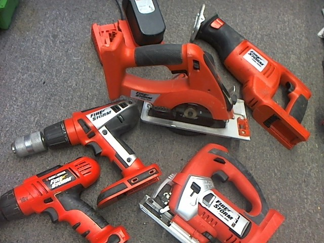 FS2400D BLACK&DECKER 5-TOOL COMBO SET