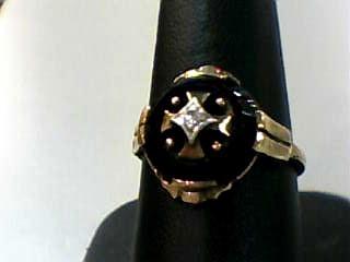 Onyx Lady's Stone & Diamond Ring .03 CT. 10K Yellow Gold 2dwt Size:7.3