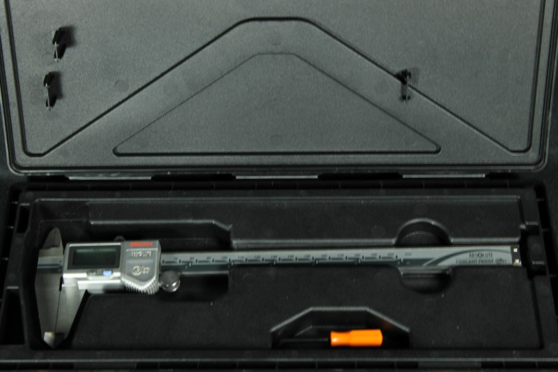 "Mitutoyo 500-753-10 Absolute Digital Caliper 0 - 8"" Coolant-Proof IP 67"