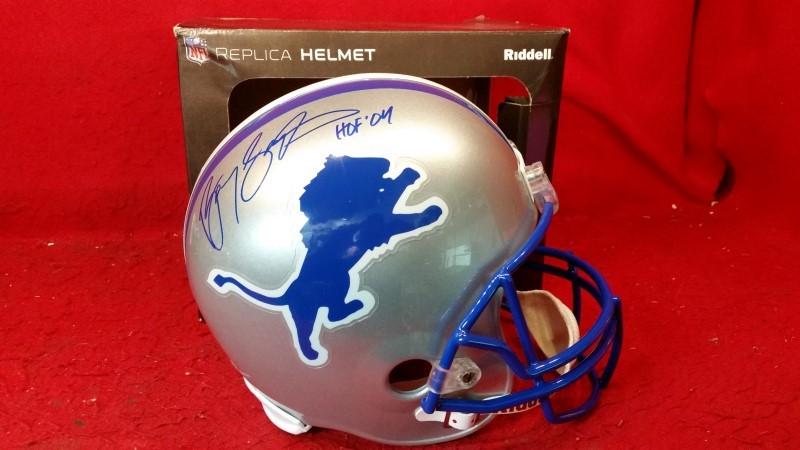Autographed Barry Sanders HOF-04 Riddell Football Helmet