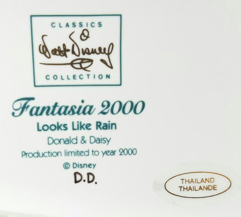 "WDCC FANTASIA 2000'S ""LOOKS LIKE RAIN"" DONAL & DAISY FIGURINE"