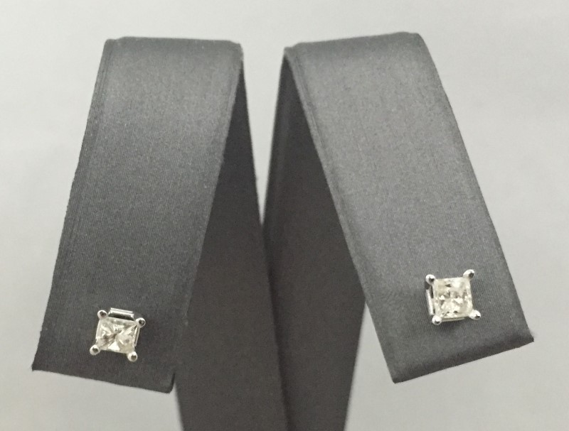 Gold-Diamond Earrings 2 Diamonds .40 Carat T.W. 10K White Gold 0.5dwt