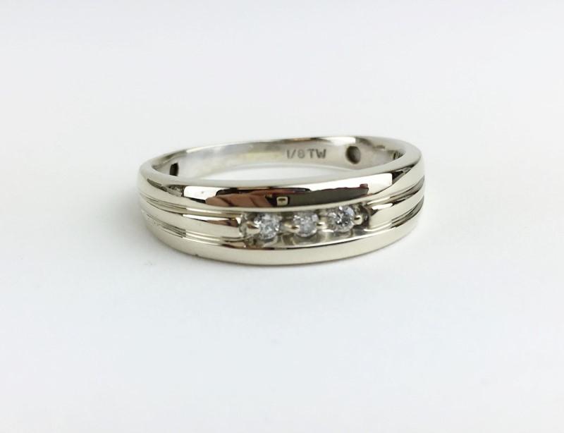 Diamond Wedding Band 3 Diamonds .09 Carat T.W. 14K Yellow Gold Size 11