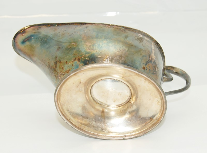 Beautiful Vintage Sterling Silver Plated Gravy Boat Rainbow Toning