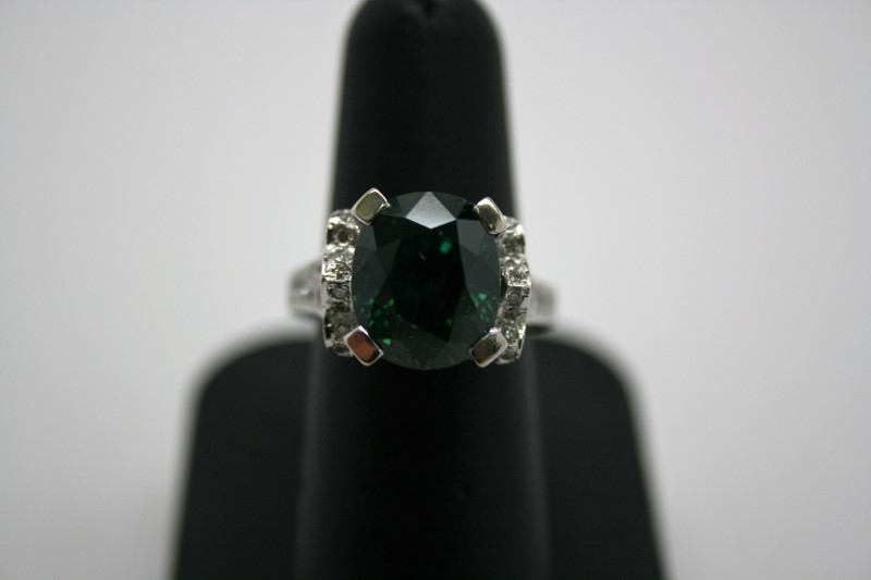 LADY'S NATURAL GREEN ZIRCON W/ DIAMONDS 14K WHITE GOLD