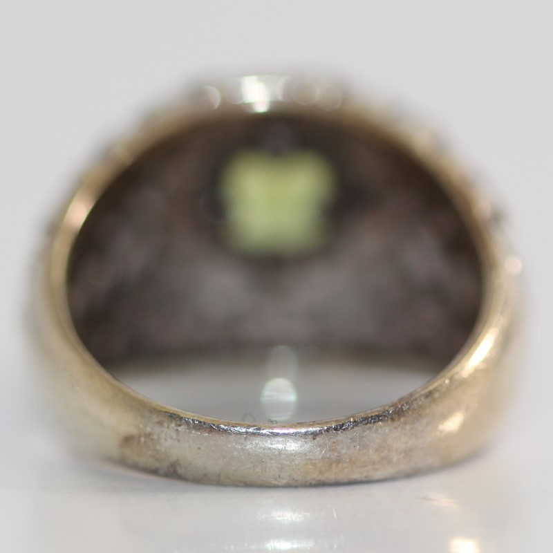 Sterling Silver Cushion Cut Green Stone Ring Size 7
