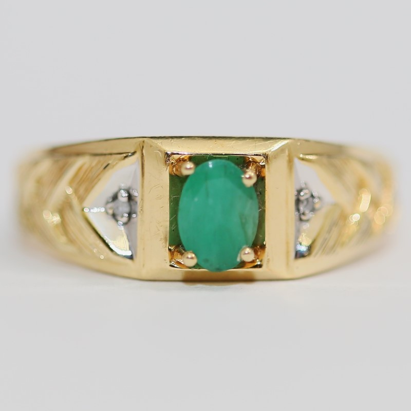 10K Yellow Gold Emerald and Arrow Ring Size 12.75