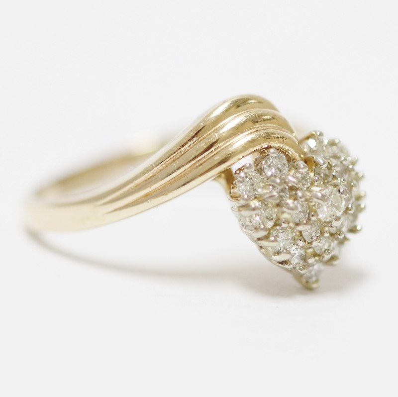 14K Yellow Gold Heart Shaped Diamond Cluster Ring Size 10.5