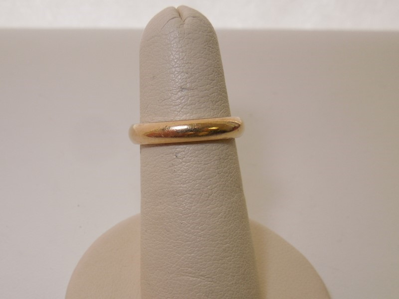 Lady's Gold Wedding Band 14K Yellow Gold 4.3g Size:5