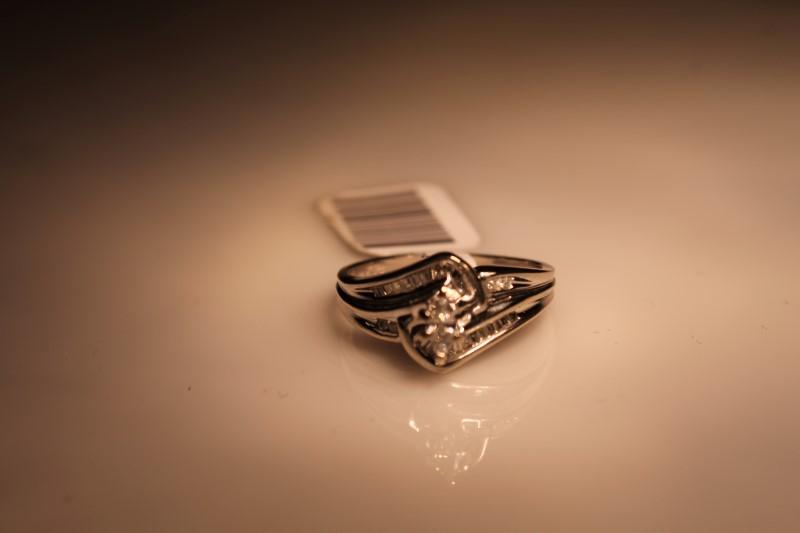 Lady's Diamond Fashion Ring 25 Diamonds .188 Carat T.W. 14K White Gold 4.2g